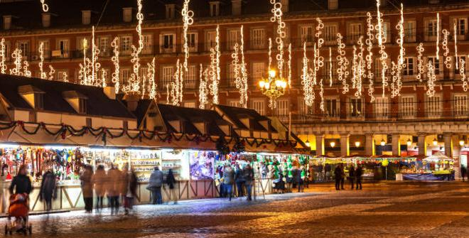 Kerstmarkt op Plaza Mayor, Madrid
