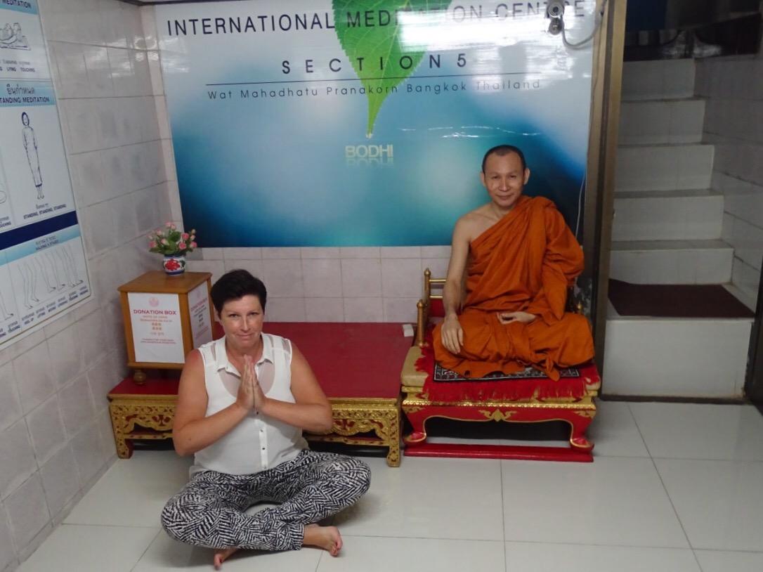 mediteren tempel bangkok wat mahathat