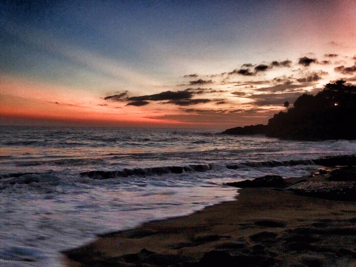 sunset beach Nusa Lembongan