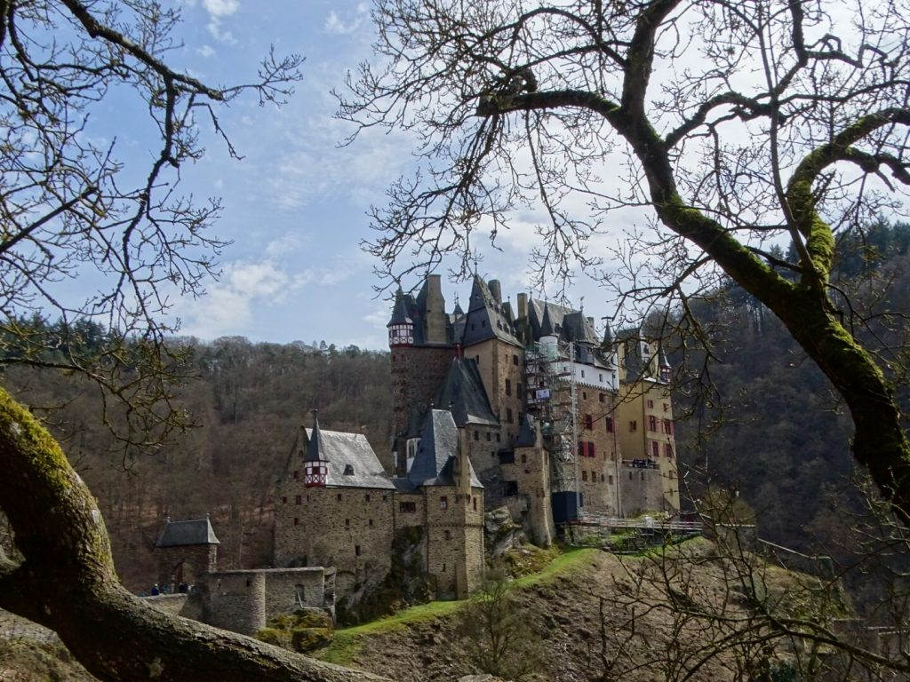 burg eltz - worldwife.nl