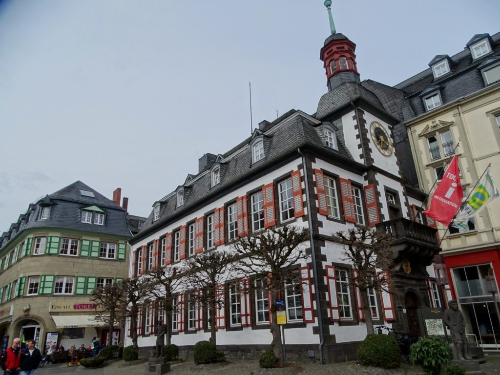 rathaus mayen - worldwife.nl