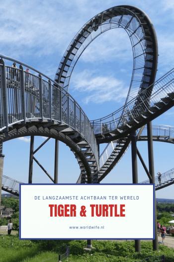 Wandel door de langzaamste achtbaan ter wereld: de Tiger & Turtle Magic Mountain in Duisburg, Duitsland