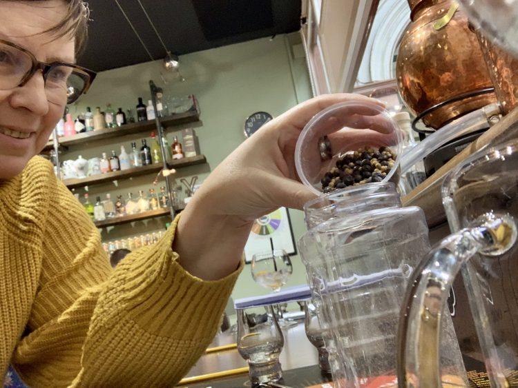 Doen in Hull: je eigen gin maken